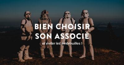 Quatre Stormtroopers debouts